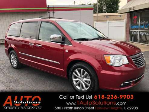 2014 Chrysler Town Country 4dr Wgn Touring-L 30th Anniversary * for sale in FAIRVIEW HEIGHTS, IL