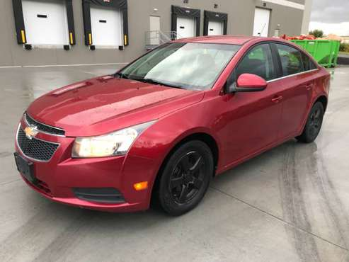 2011 CHEVY CRUZE LT 160xxx miles clean title for sale in Newport, MN