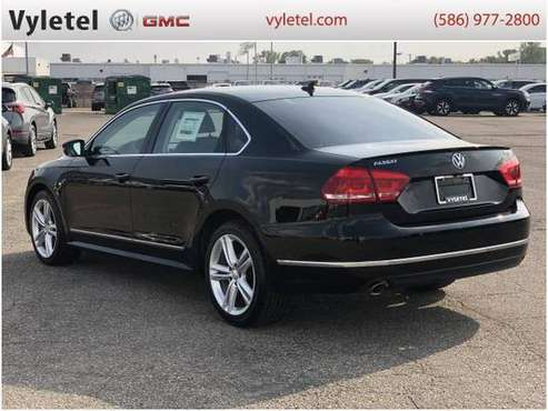 2013 Volkswagen Passat sedan 4dr Sdn 2.0L DSG TDI SE - cars & trucks... for sale in Sterling Heights, MI