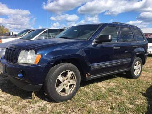 2005 JEEP GRAND CHEROKEE LIMITED, V6 4X4, LEATHER INTERIOR, SUNROOF,... for sale in Kenosha, WI