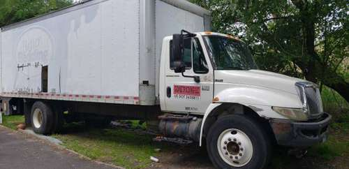 2006 International dt466 box truck for sale in Fairfield, CT