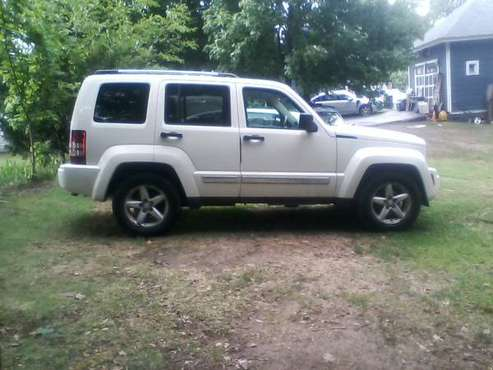 2008 JEEP LIBERTY- LTD 4x4 - 66,000 original - cars & trucks - by... for sale in Millbury, MA