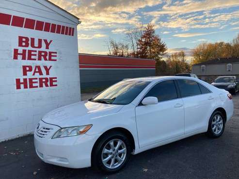 2009 Toyota Camry LE - cars & trucks - by dealer - vehicle... for sale in Louisville, KY