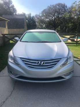 Silver Hyundai Sonata 2013 Sedan for Sale for sale in Mt Dora, FL