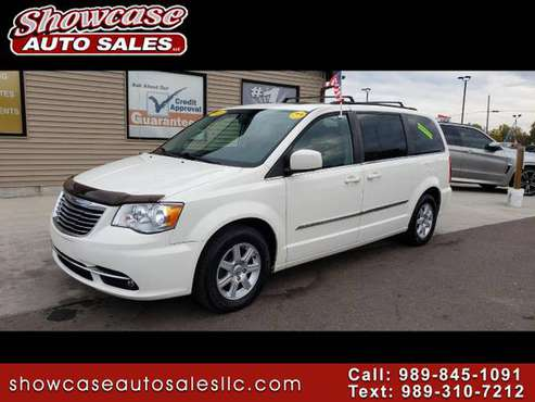 NICE RIDE! 2011 Chrysler Town & Country 4dr Wgn Touring for sale in Chesaning, MI