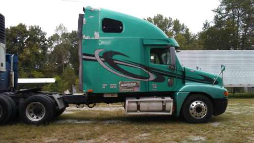 2002 Freightliner 12.7 Detroit 10 spd centry class for sale in Williamsburg, KY