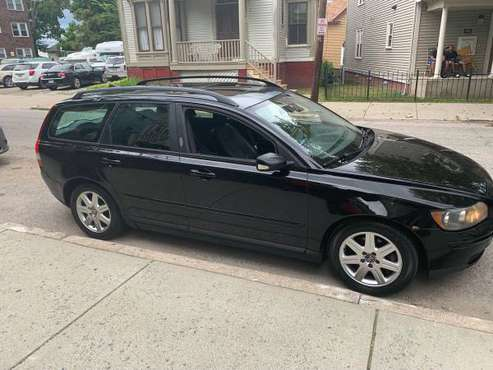 2005 Volvo V50 Wagon Runs Good and great on Gas for sale in Cranston, RI