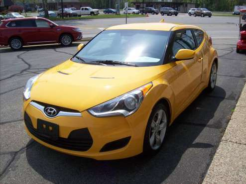 2015 Hyundai Veloster Base Coupe for sale in Holland , MI