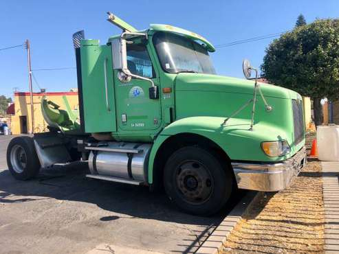 2007 INTERNATIONAL 9200i TRACTOR BOBTAIL AND CUMMINS DIESEL SEMI TRUCK for sale in El Monte, CA