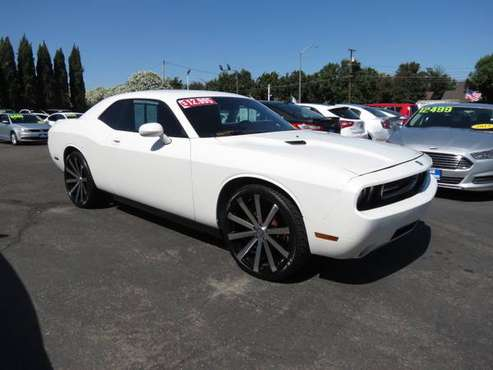 ** 2010 Dodge Challenger SE 22's Super Clean BEST DEALS GUARANTEED ** for sale in CERES, CA