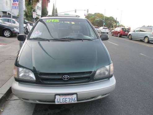 2000 TOYOTA SIENNA , XLE, ONE OWNER for sale in Belmont, CA