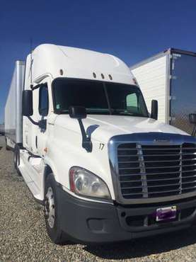 2011 Freightliner Cascadia for sale in Yuba City, CA
