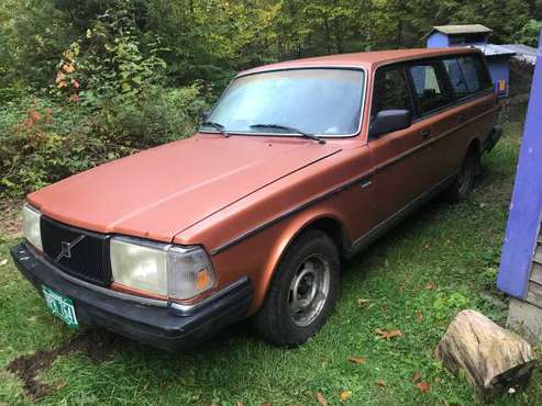 1990 Volvo 240 Wagon w/new parts for sale in hinesburg, VT