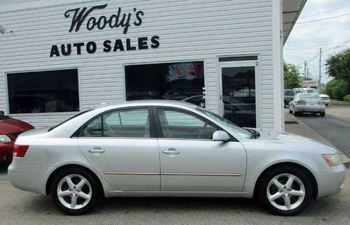 2008 Hyundai Sonota 4dr silver *REDUCED* for sale in Louisville, KY