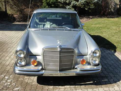 1972 Mercedes-Benz 280SE for sale in Easton, PA