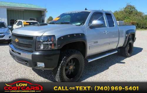 *2013* *Chevrolet* *Silverado 1500* *LT 4x4 4dr Extended Cab 6.5 ft. S for sale in Circleville, OH