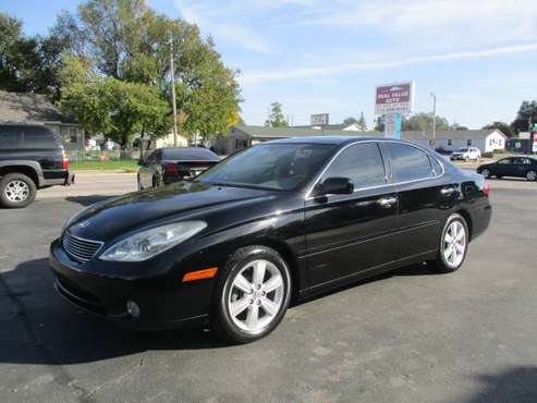 2006 Lexus ES 330- Sunroof EASY BUY HERE PAY HERE FINANCING for sale in Council Bluffs, NE