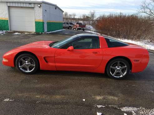 CORVETTE 1998 C5 COUPE- 6 SPEED- ESTATE SALE $8900 for sale in Pittsburgh, PA