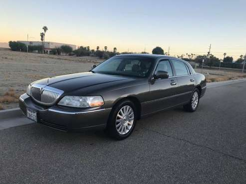 Lincoln Town Car Signature! for sale in Indio, CA