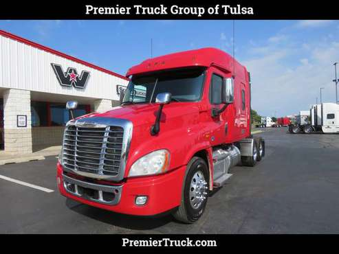 2016 *Freightliner* *Cascadia* *Mid Roof* Red for sale in Tulsa, OK