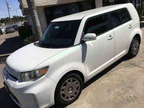 14' Scion XB, Auto, all power, Pearl White paint, must see 70K clean for sale in Visalia, CA