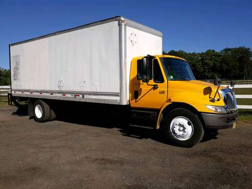2007 International 4300 DT466 with 24' Body with Lift Gate for sale in Marlboro, NJ
