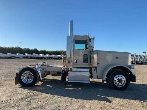 2013 Peterbilt 389 for sale in Firebaugh, CA