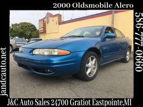 2000 Oldsmobile Alero GL1 Sedan for sale in Eastpointe, MI
