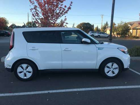 2016 Kia Soul EV Wagon Plus for sale in Santa Rosa, CA