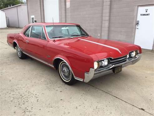1967 Oldsmobile Cutlass Supreme for sale in Milford, OH