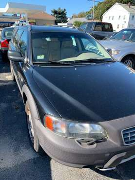 2001 Volvo XC-70 AWD for sale in Cranston, RI
