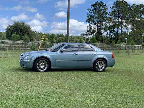 Chrysler 300 C HEMI for sale in Weirsdale, FL