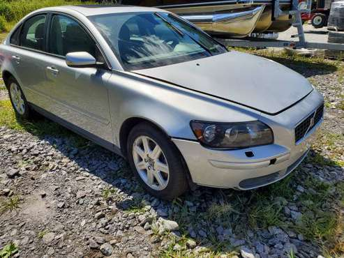 TRADE FOR RANGER/SUBARU! 2006 VOLVO S40 NO RUST CLEAN TITLE for sale in Manchester, VT