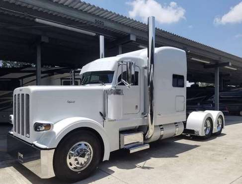 2009 Peterbilt 388 for sale in Tampa, UT
