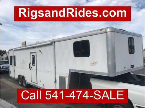 2006 Forest River Work and Play lots of extras - We Welcome All... for sale in Medford, OR