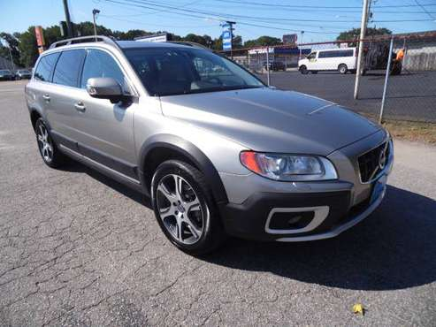 2013 VOLVO XC70!! LEATHER SUNROOF CLEAN CARFAX ONLY ONE OWNER!!!!!!!!! for sale in Norfolk, VA