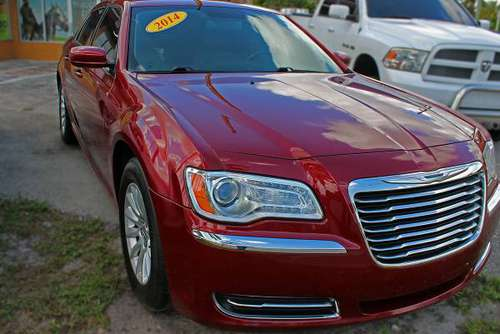 2014 CHRYSLER 300 - LOW MILES AND LOW DOWN PAYMENT for sale in Miramar, FL