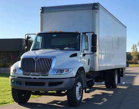 2015 International 4000 26' Box Truck***SERVICED AND READY TO GO*** for sale in SWARTZ CREEK, OH