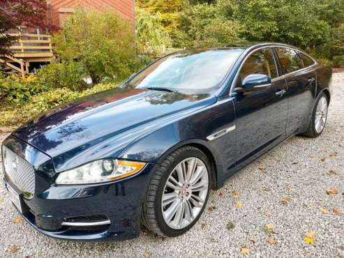JAGUAR XJ SUPERCHARGED 2011 54K mi. excellant for sale in Hiram, OH