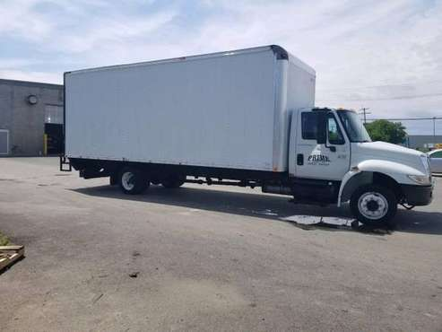 2005 International 4200 24' Box / Straight Truck for sale in Brice, OH