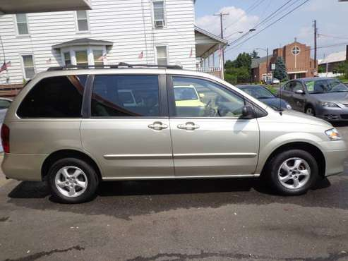 SALE! 2002 MAZDA MPV, LOW MILES 76K,1 OWNER, 3RD ROW, INSPECTED for sale in Allentown, PA