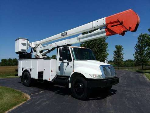 53k Miles 60' Material Handling 2004 International 4300 Bucket Truck for sale in Hampshire, ID