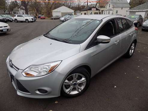 2013 Ford Focus SE Hatchback (#8159) - cars & trucks - by dealer -... for sale in Minneapolis, MN