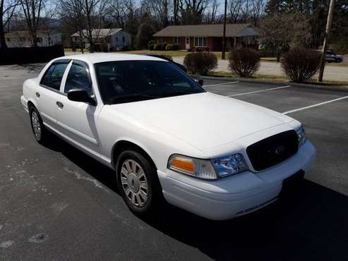 2006 Ford Crown Victoria-4.6L V8-A/T-170 k Mi-One Owner-Good Condition for sale in Candler, NC