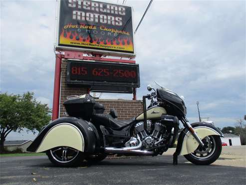 2017 Indian Roadmaster for sale in Sterling, IL