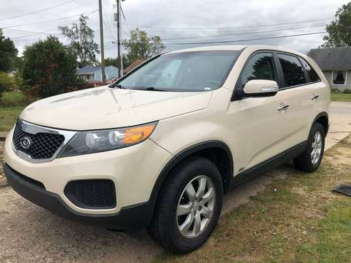 2011 Sorento SUV All-Wheel Drive Repairable/Use for parts for sale in Caledonia, MI