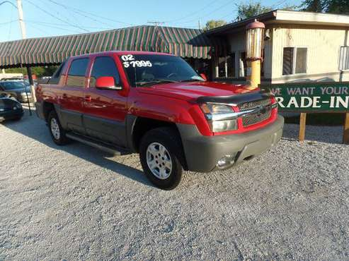 2002 CHEVY AVALANCHE for sale in Lafayette, IN