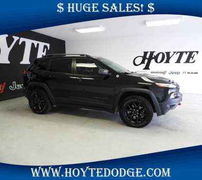 2017 Jeep Cherokee Trailhawk 4x4 for sale in Sherman, TX