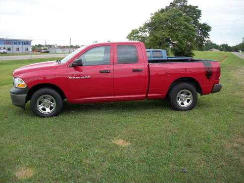 2011 DODGE RAM 1500-------------------------------------WE CAN FINANCE for sale in New Paris, IN
