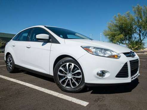 2012 Ford Focus - Financing Available! - cars & trucks - by dealer -... for sale in Phoenix, AZ